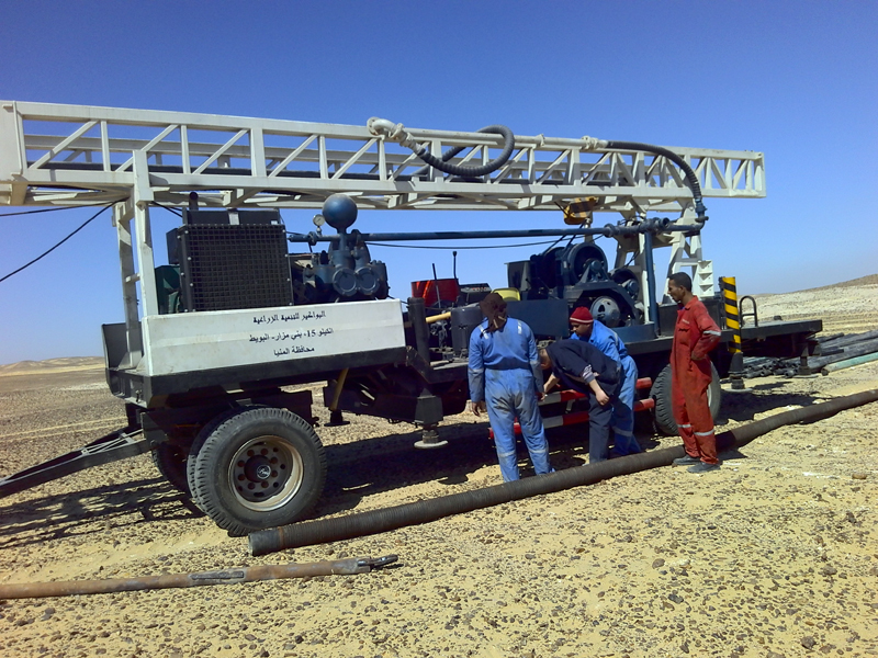BZT400 trailer mounted water well drilling rig in Egypt